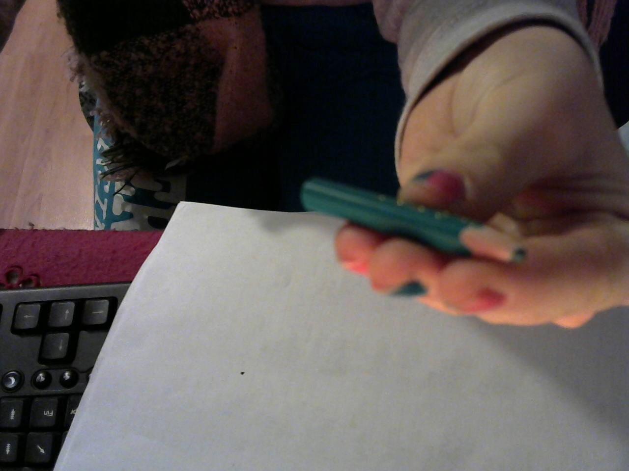 troc de troc mini crayon de couleur (vert). $ image 1