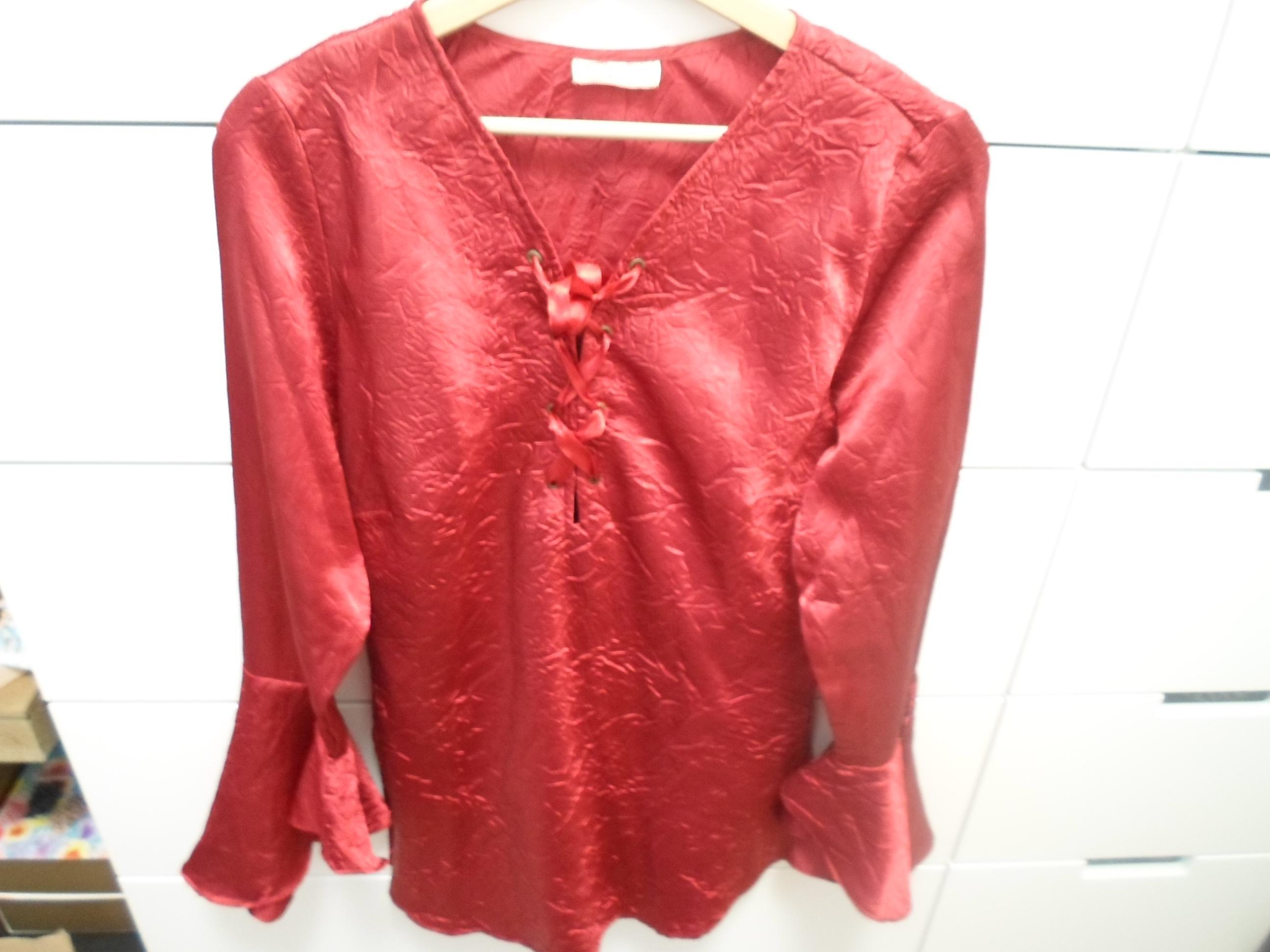 troc de troc tunique en satin rouge image 0