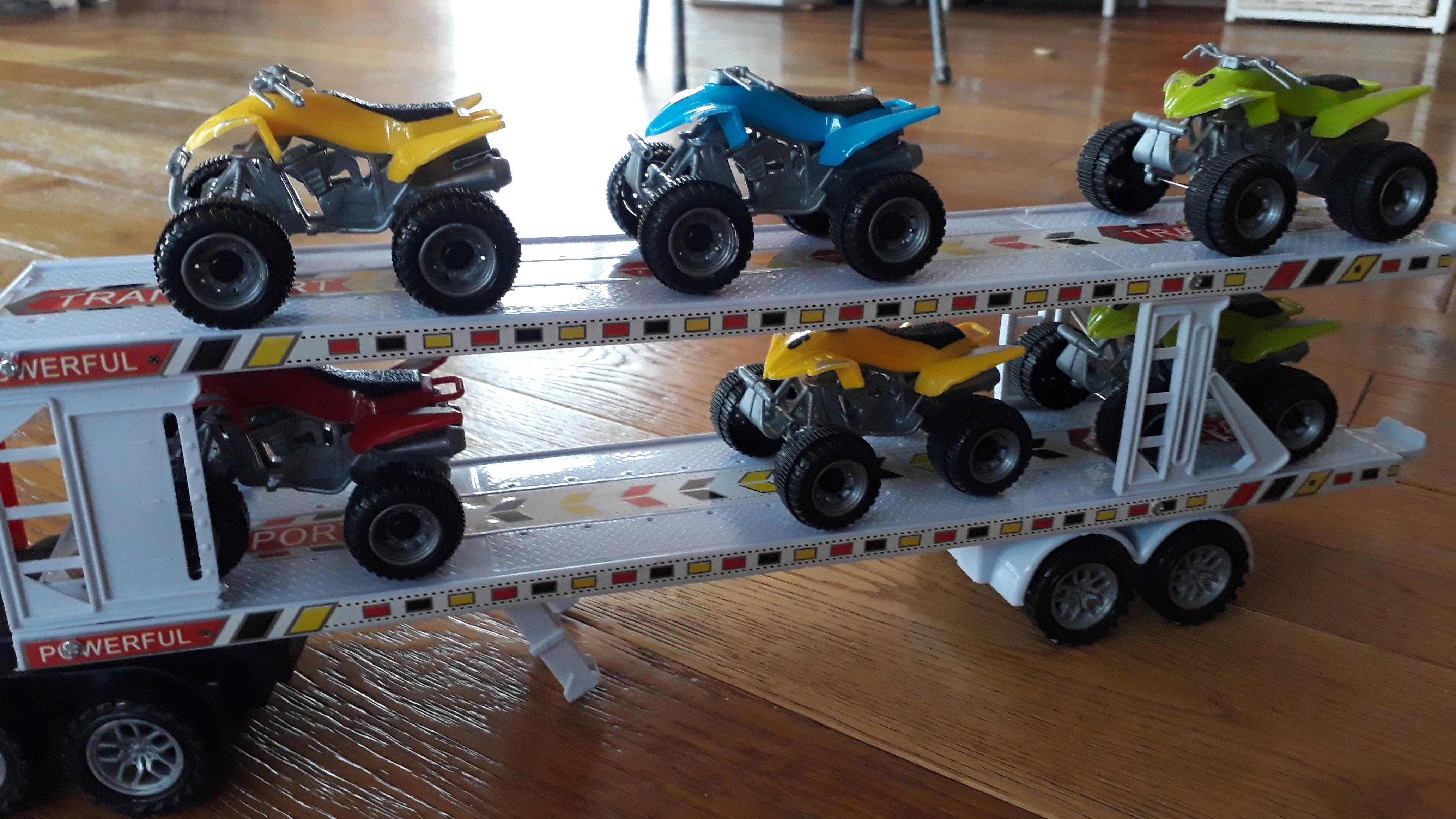 troc de troc camion à friction et 6 quads image 1