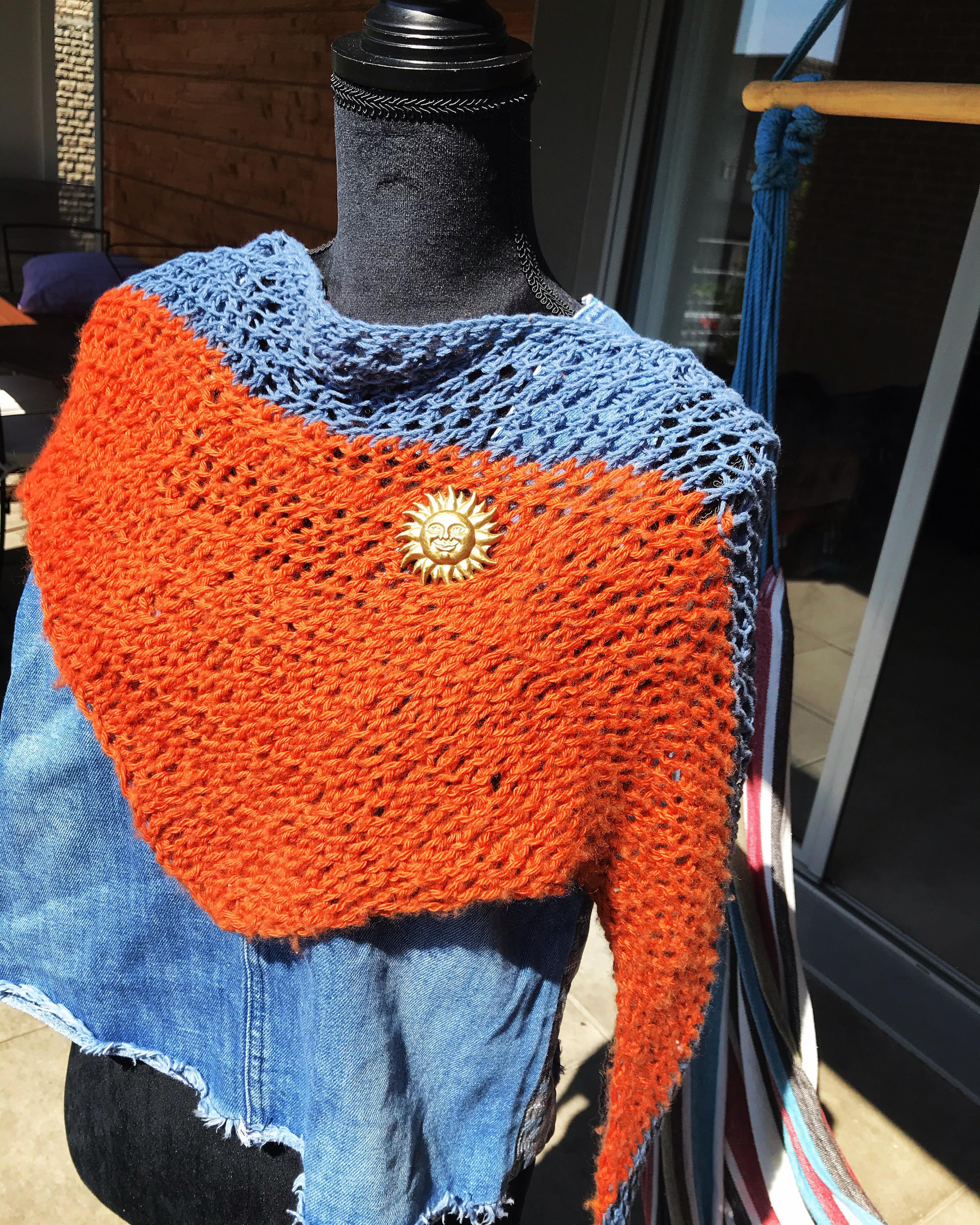 troc de troc petit châle ajouré fait main, laine et coton image 0