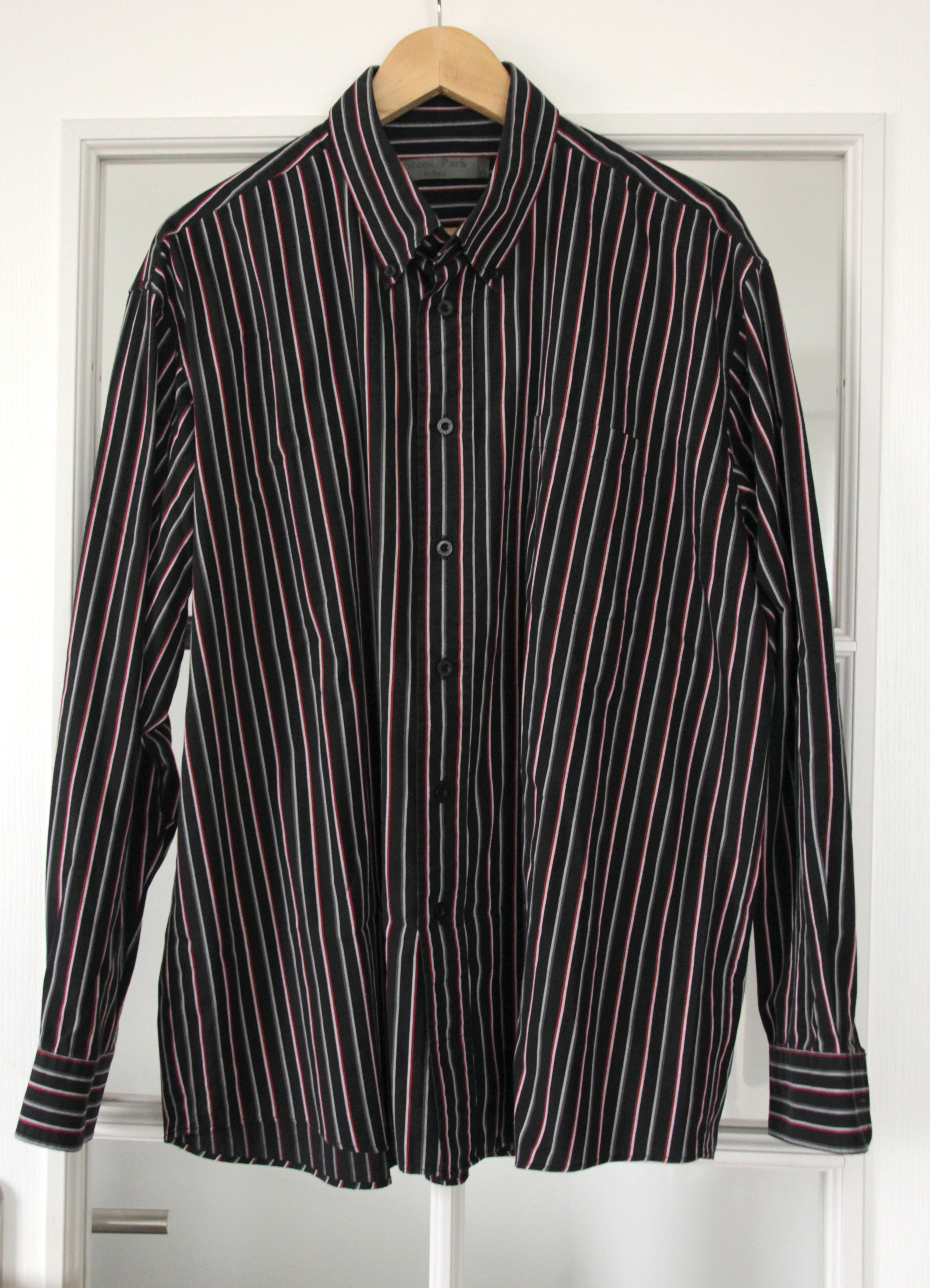 troc de troc chemise noire/grise à rayures blanches/grises/rouges taille xl image 0