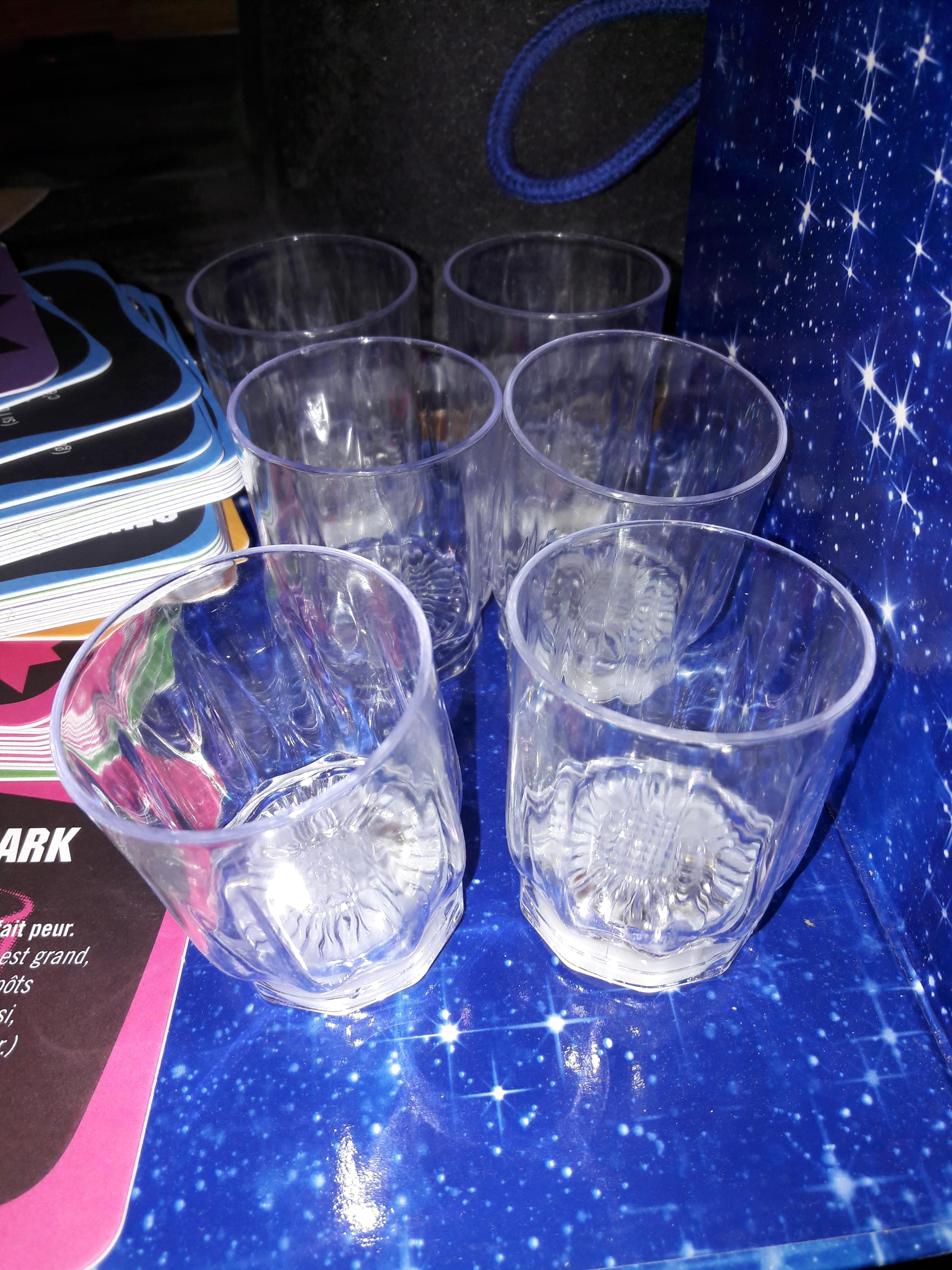 """troc de troc jeu """"night party"""" image 1"""