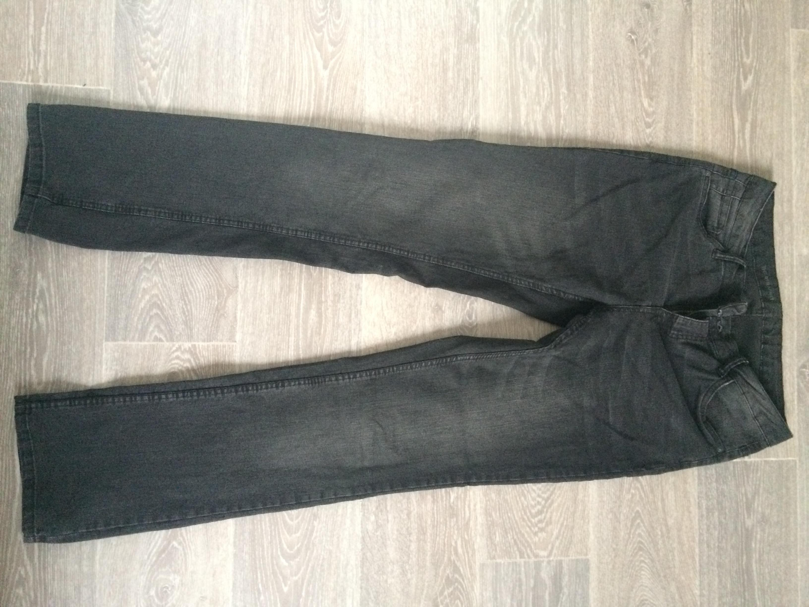 troc de troc jean noir image 0