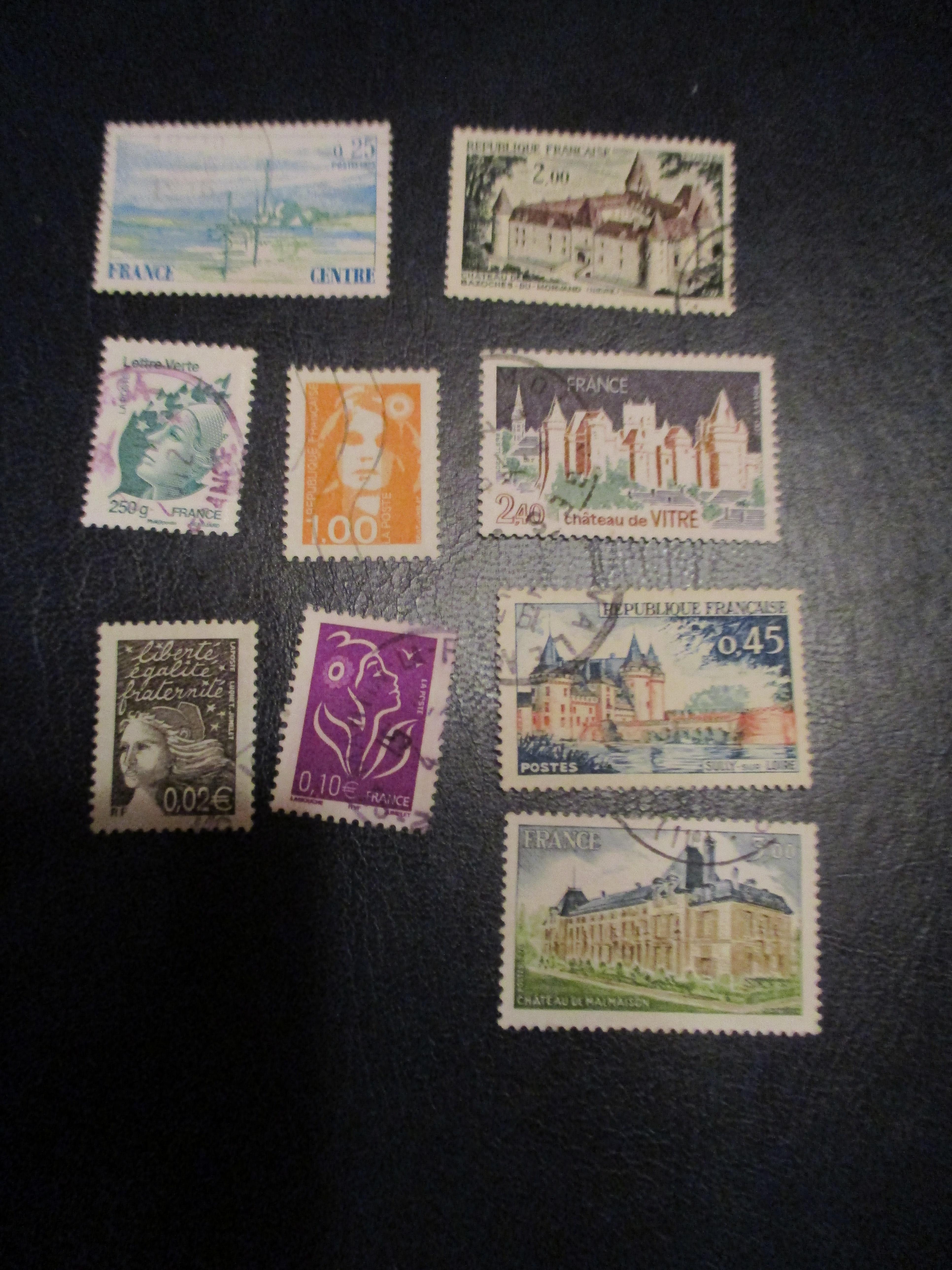 troc de troc réservé dauvpic - lot  9 timbres chateaux et autres image 0