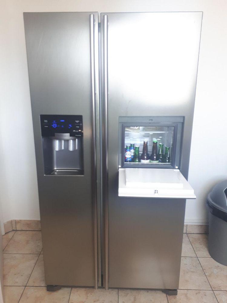 troc de troc donne un réfrigérateur américain en état fonctionnel image 0