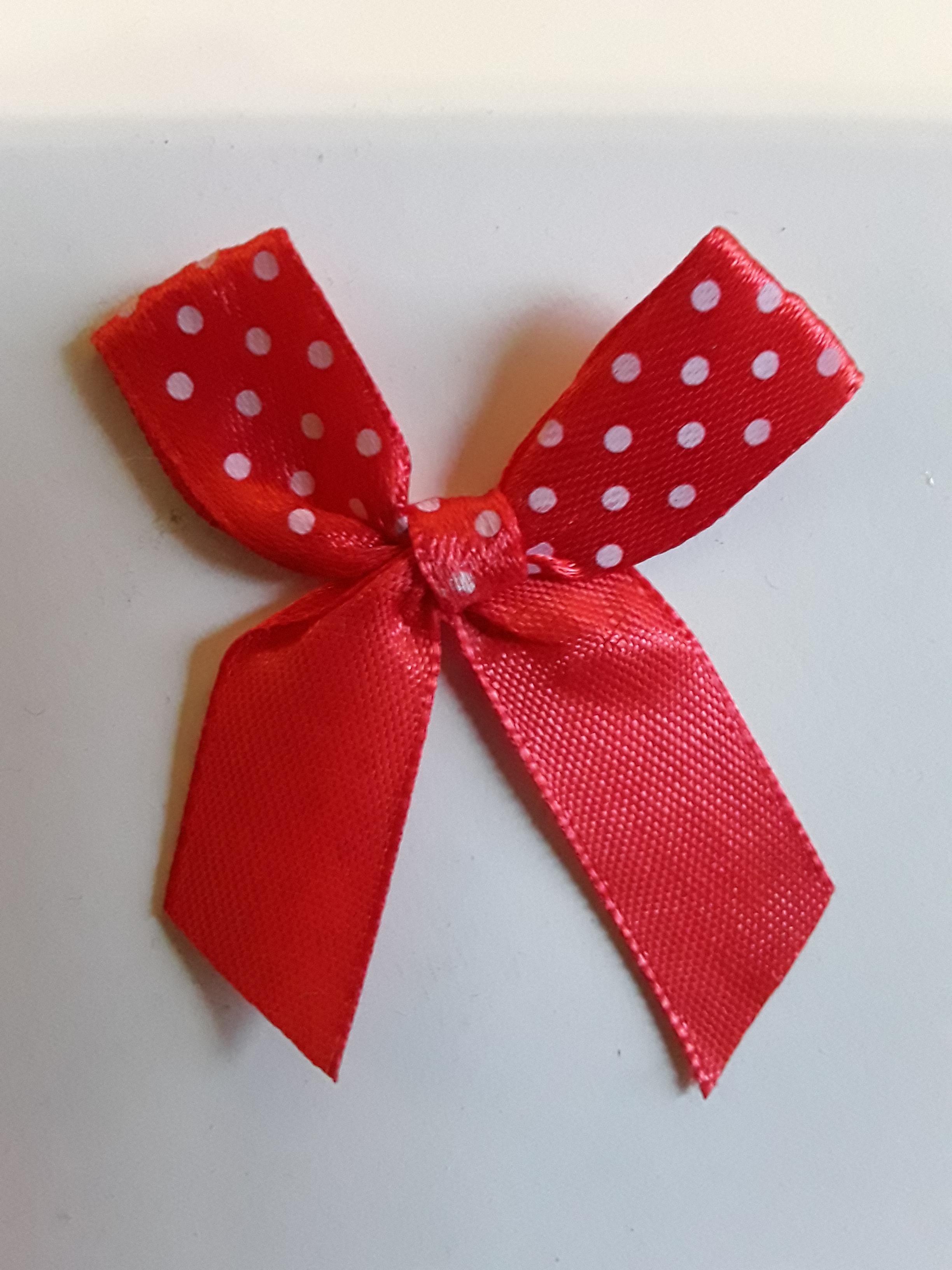 troc de troc petit noeud rouge en tissu image 2