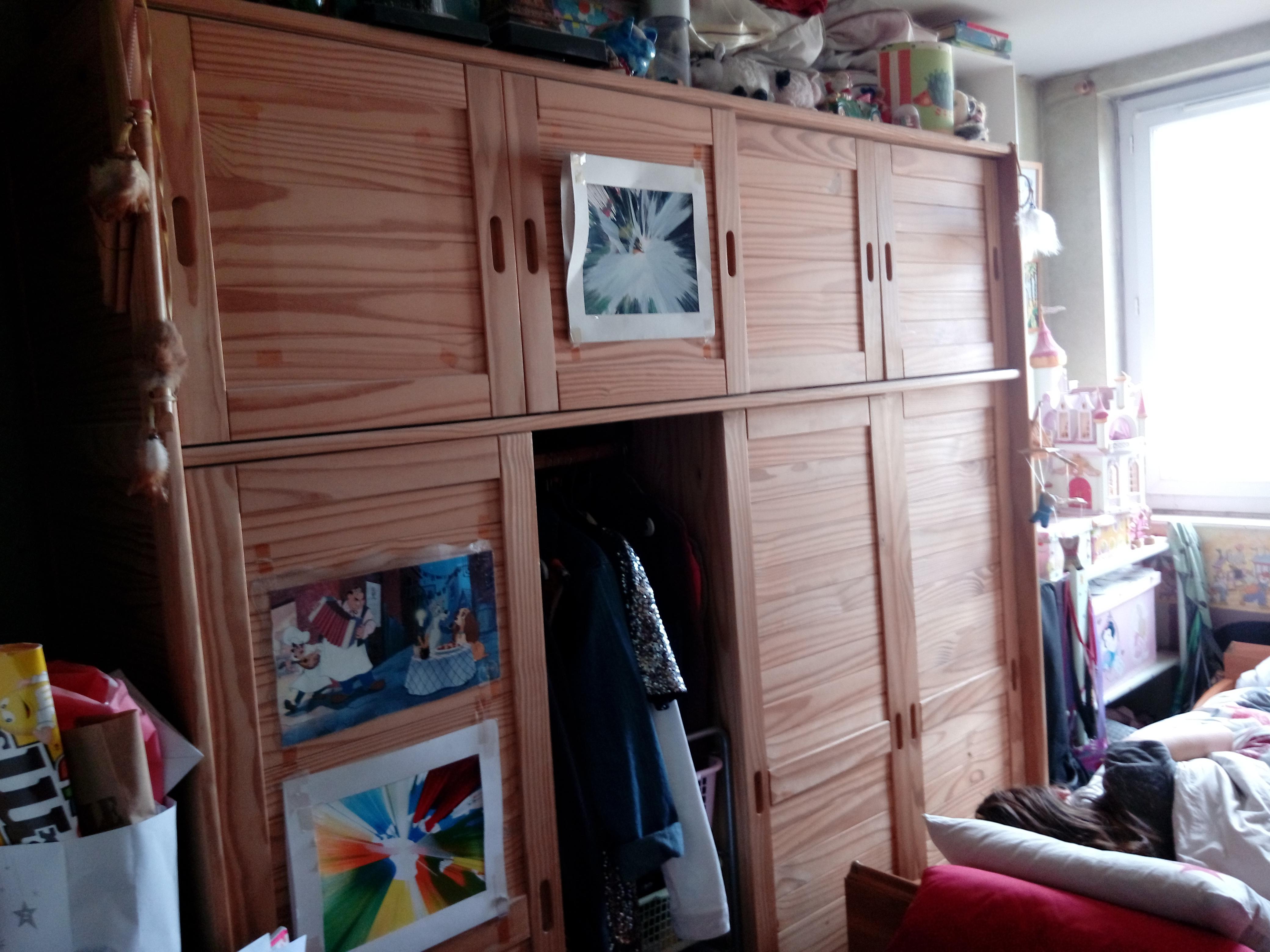 troc de troc grande armoire avec portes coulissantes image 0