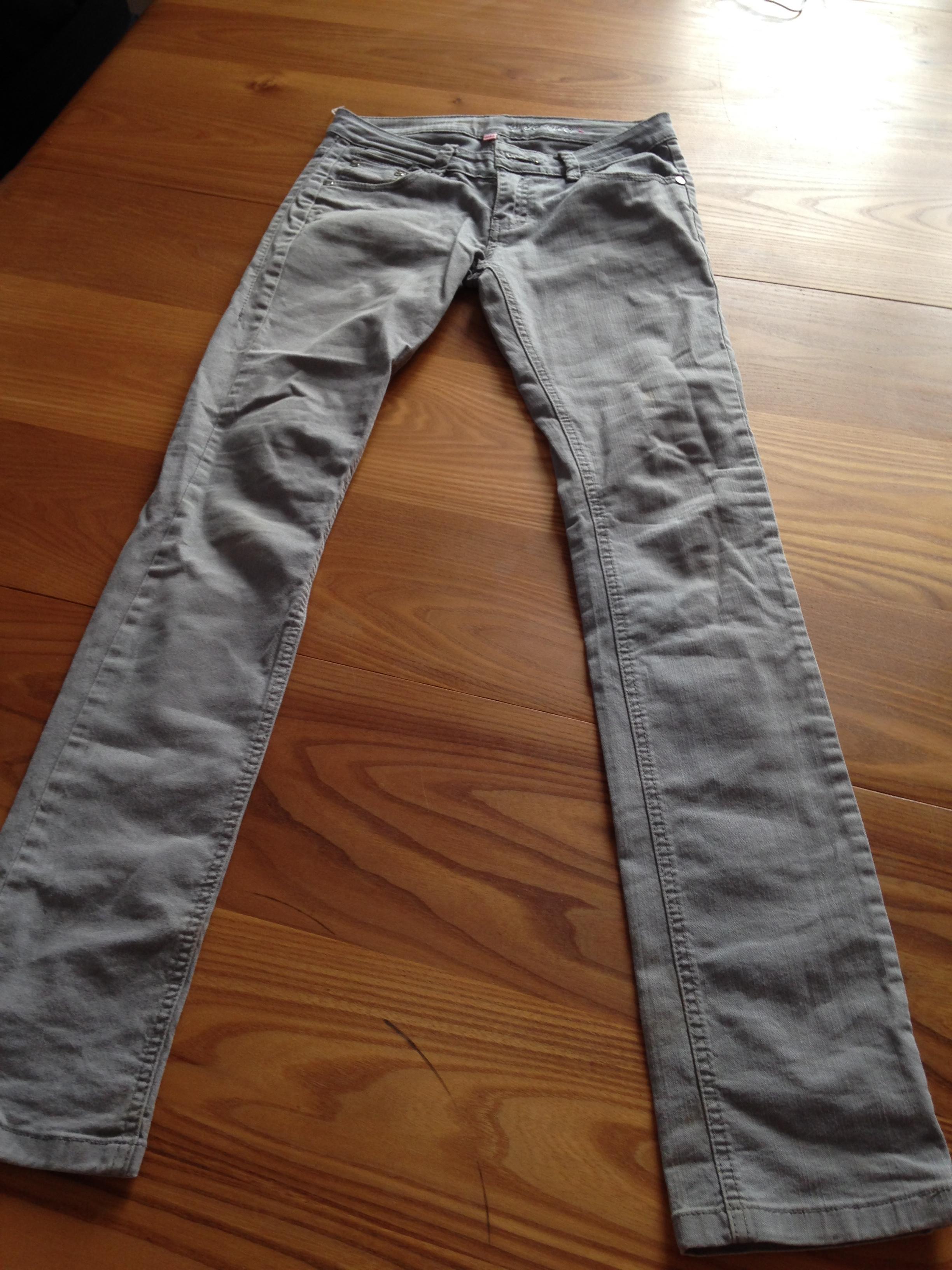 troc de troc jean gris t34/36 image 0