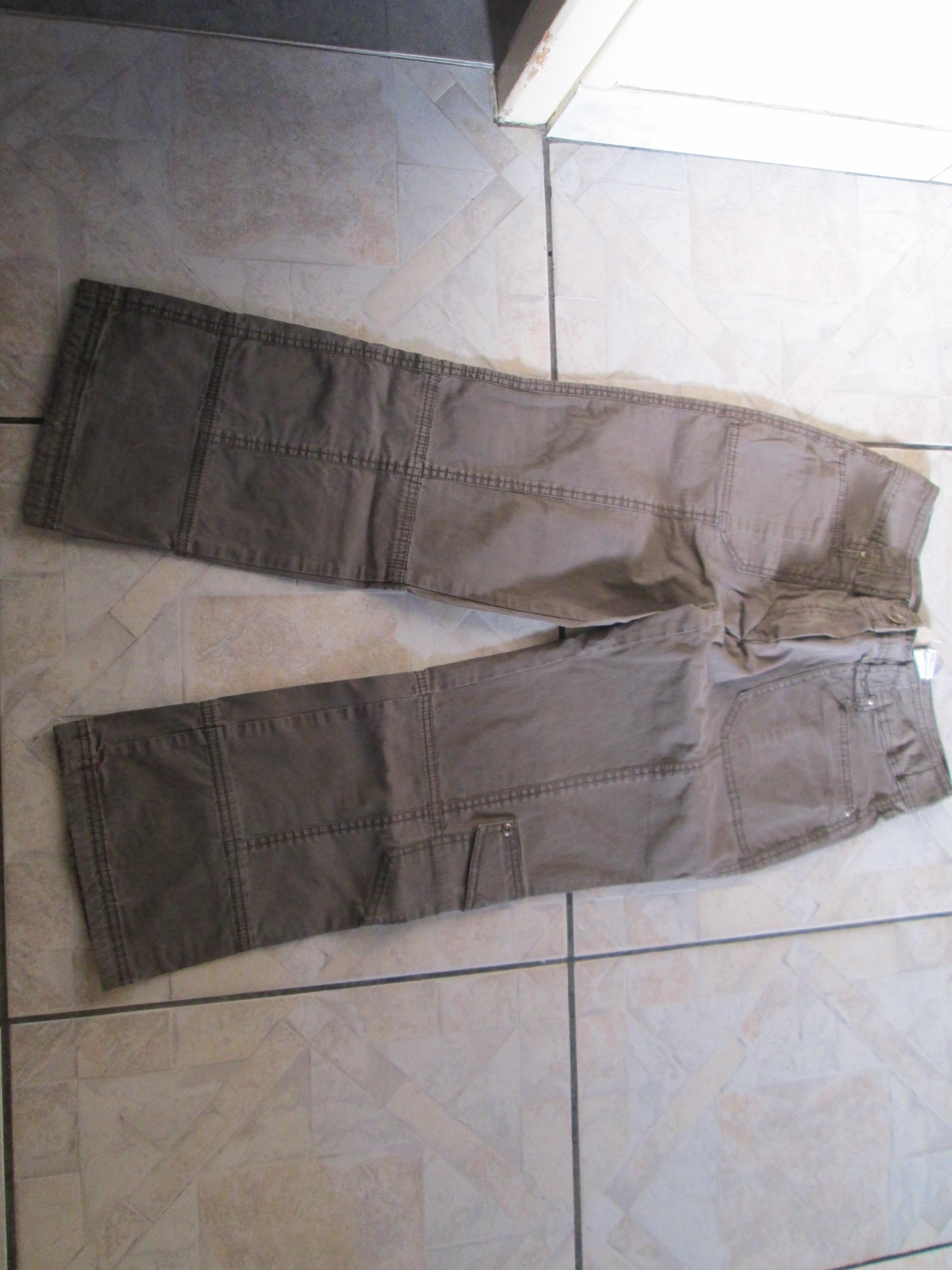 troc de troc pantalon 10 ans marron camaïeu 5 noisettes image 0