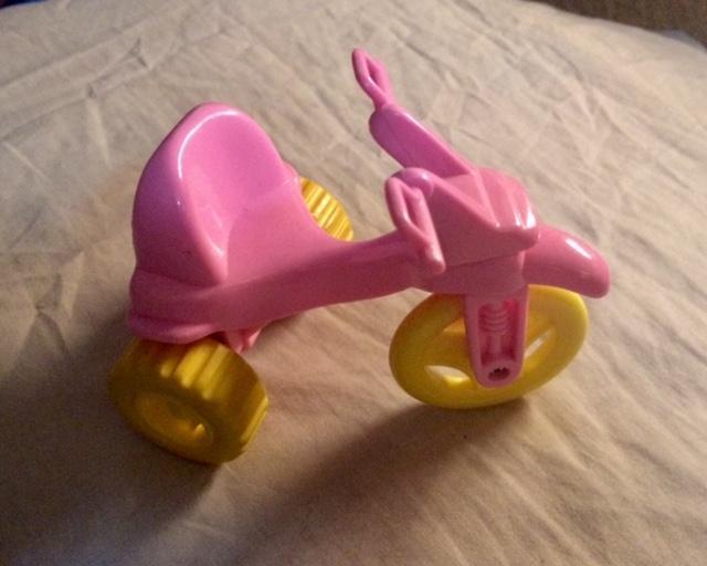 troc de troc tricycle rose miniature image 0