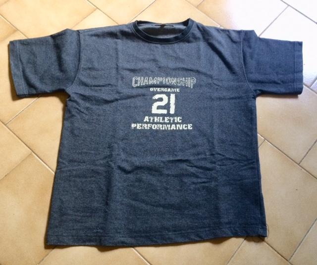troc de troc tshirt manche courte bleu marque overgame 12 ans image 0