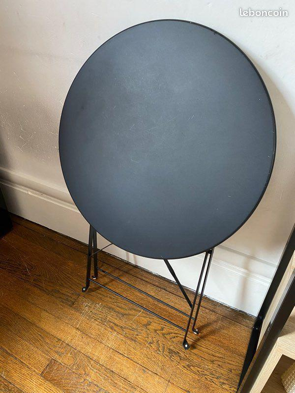 troc de troc 2 tables d'appoint bolero :-) image 0