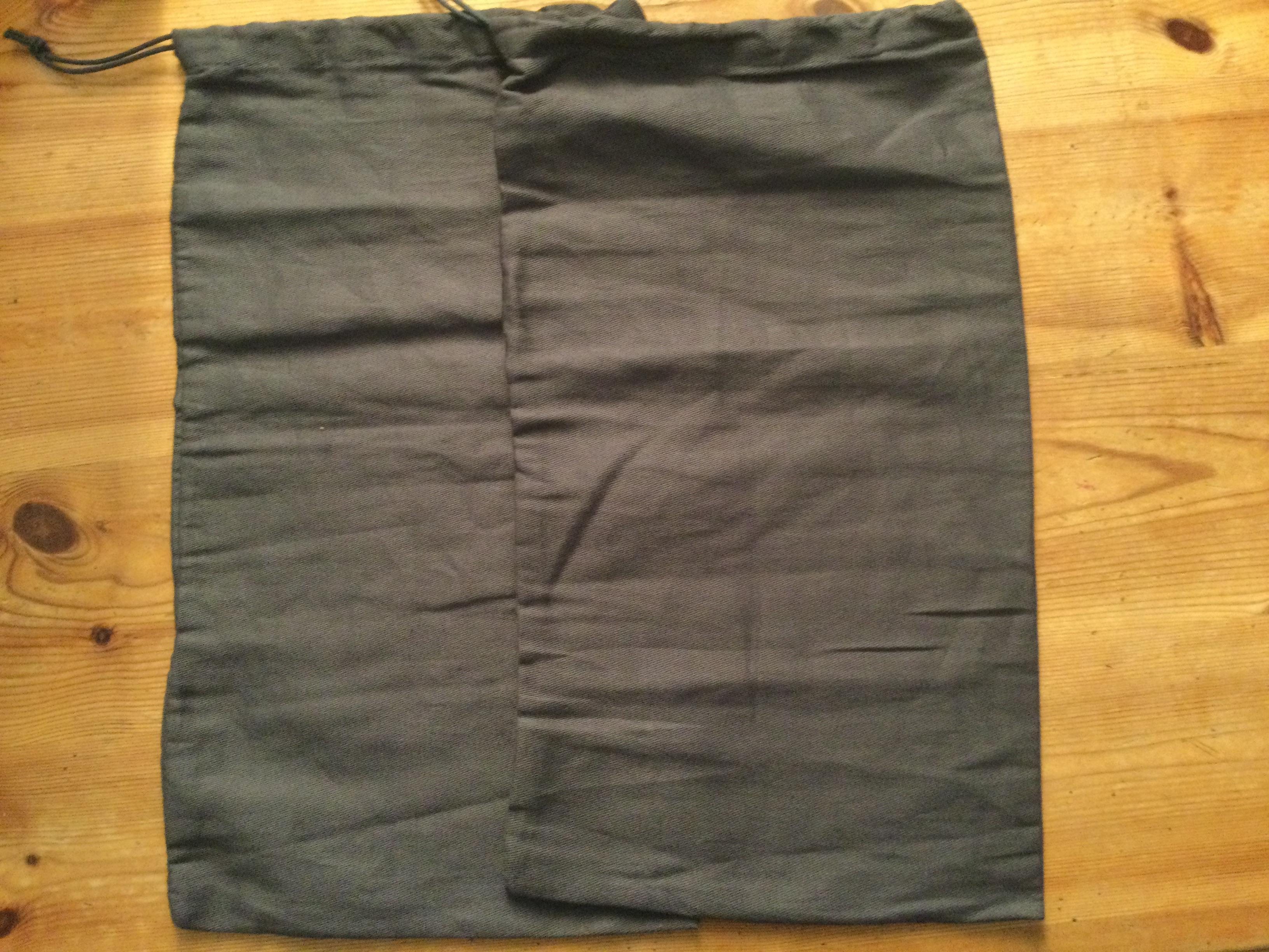 troc de troc pochettes  tissu image 1
