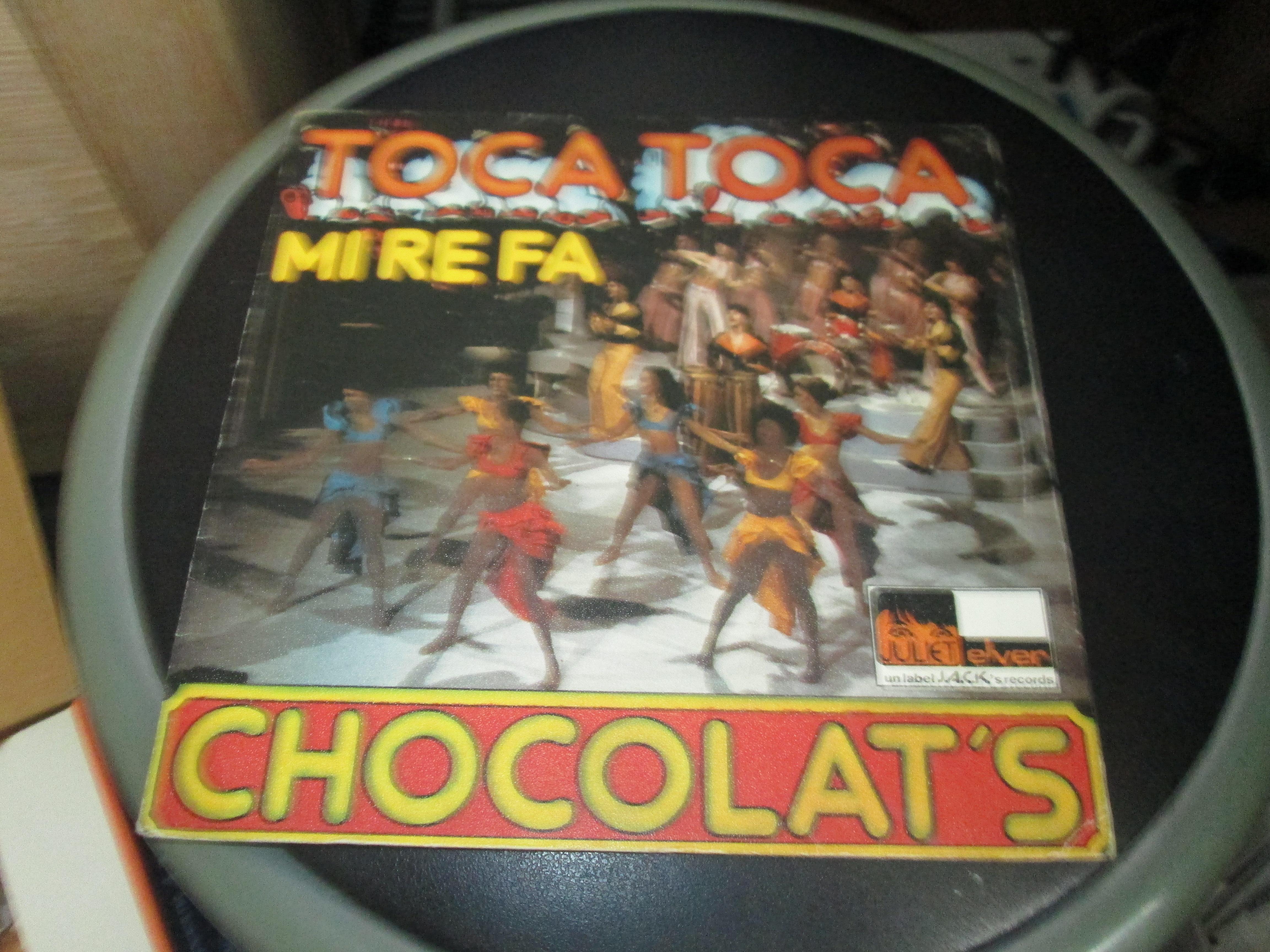 troc de troc vinyle 45 tours  chocolat's toca toca mirefa 3 noisettes image 0