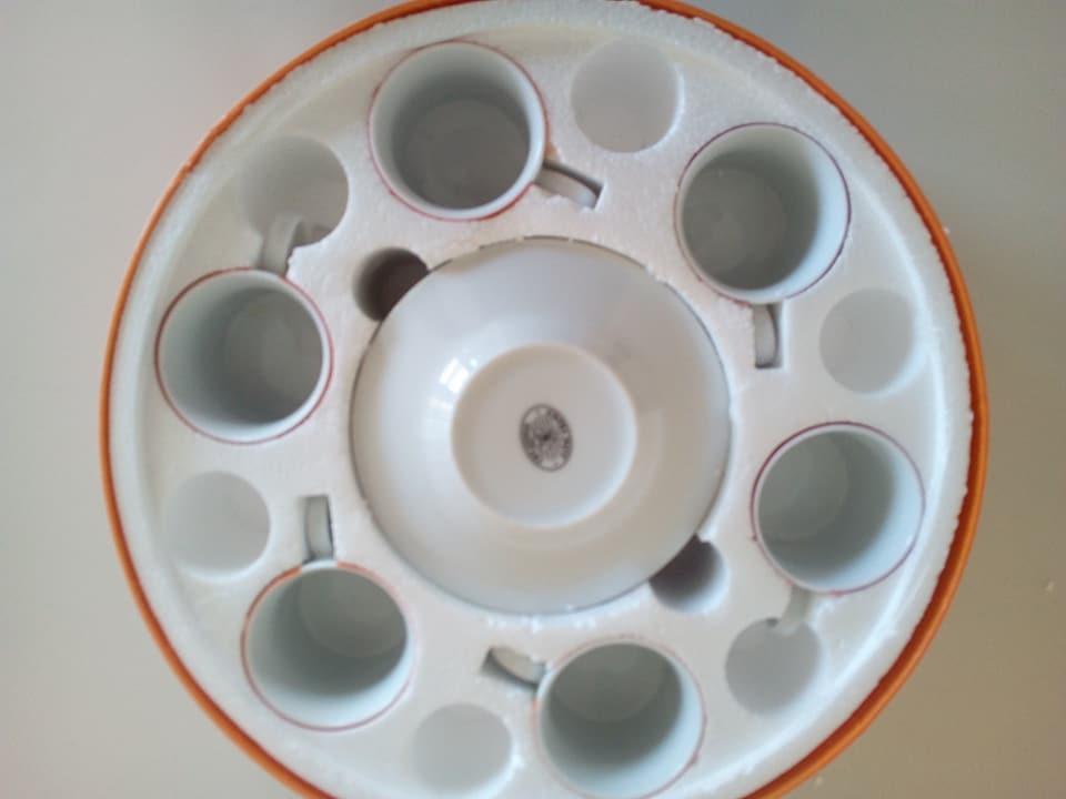 troc de troc 6 tasses à café et sous tasses colorées neuves image 1