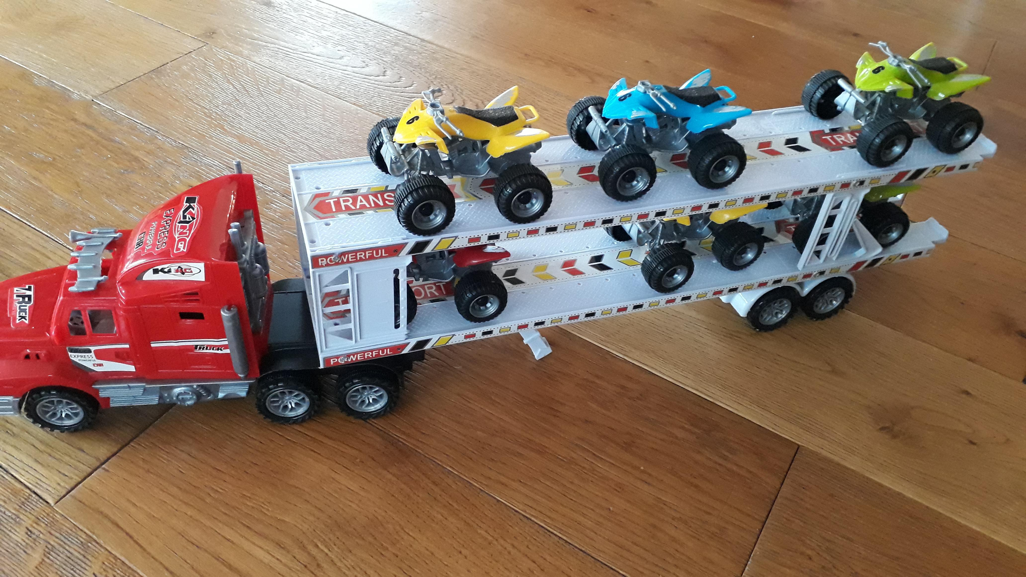 troc de troc camion à friction et 6 quads image 0