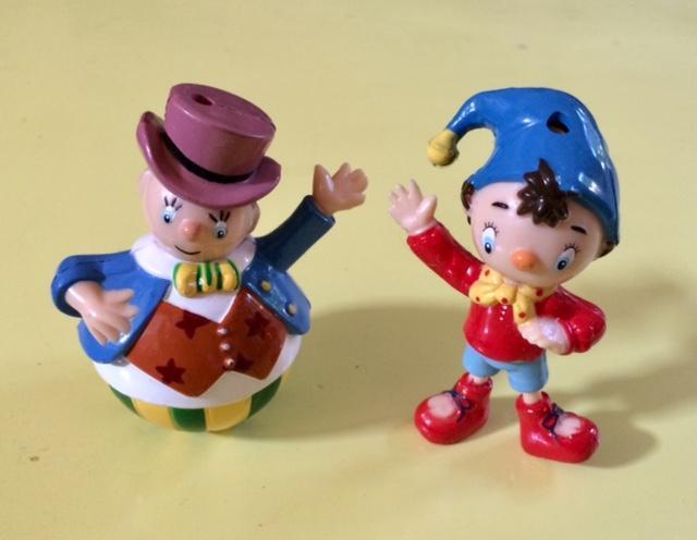 troc de troc figurines ouioui  série hachette - très bon état - 8 cm image 0