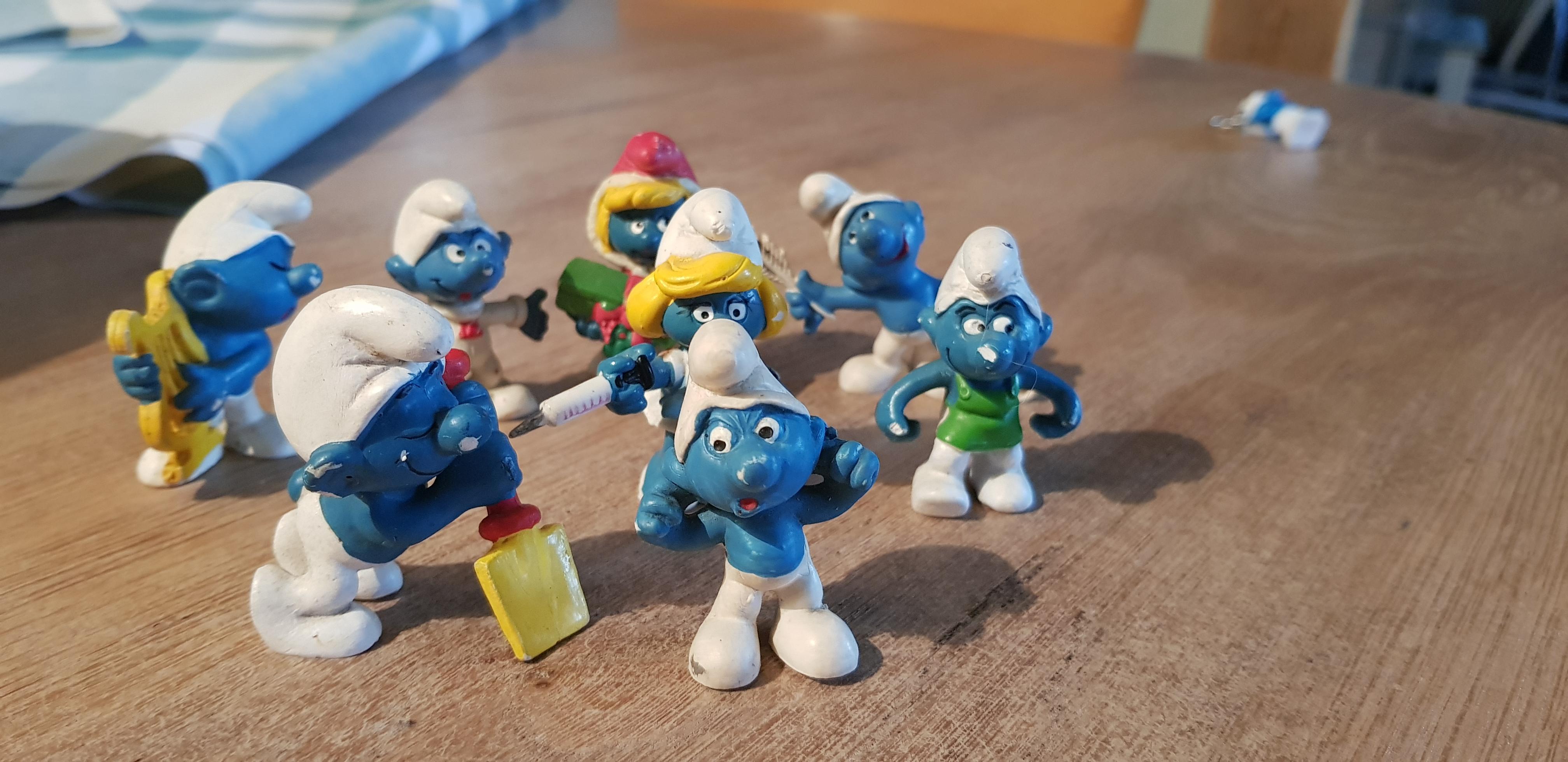 troc de troc reservé mmanga lot figurines shtroumph image 0