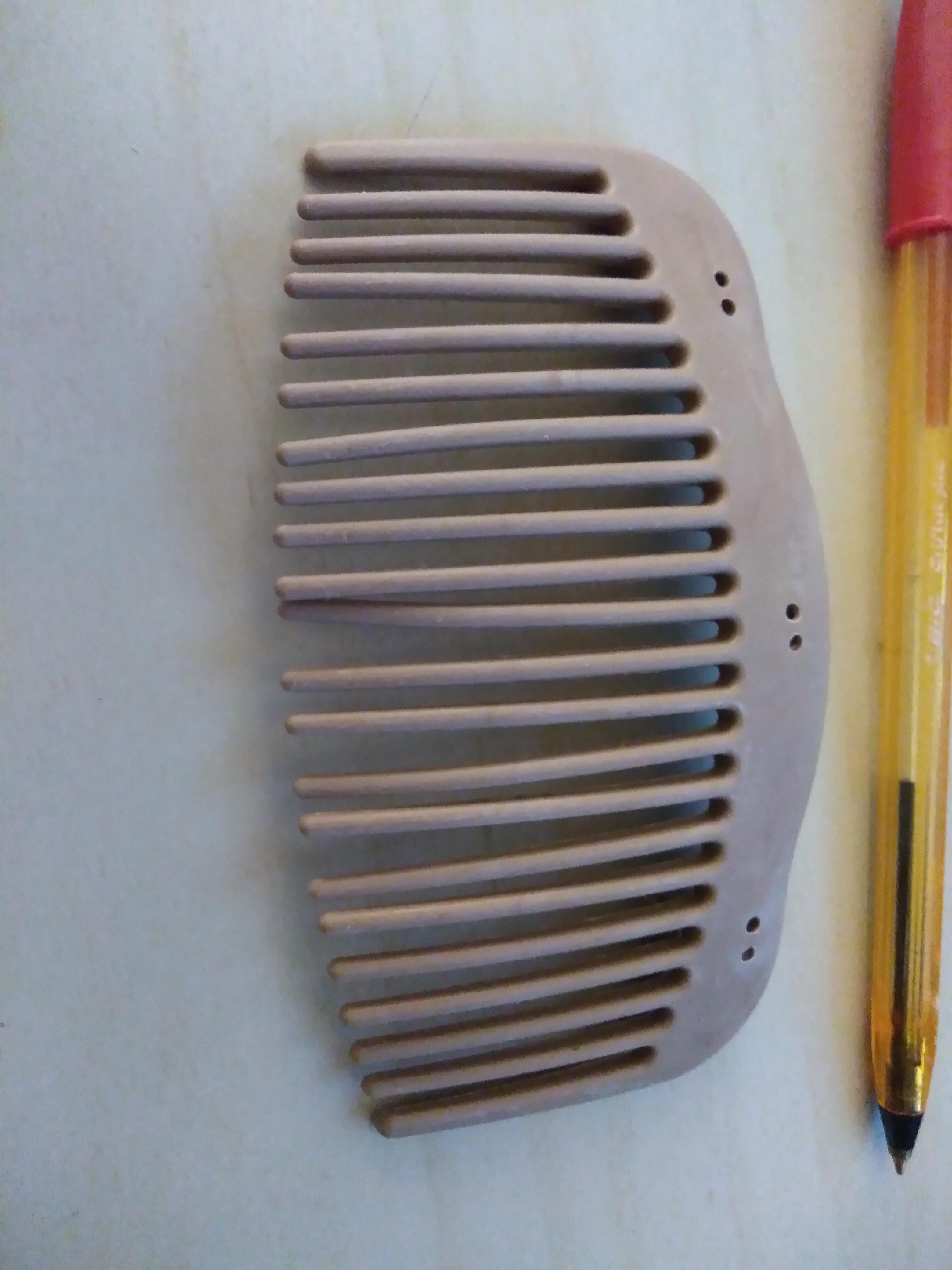 troc de troc gris peigne image 0